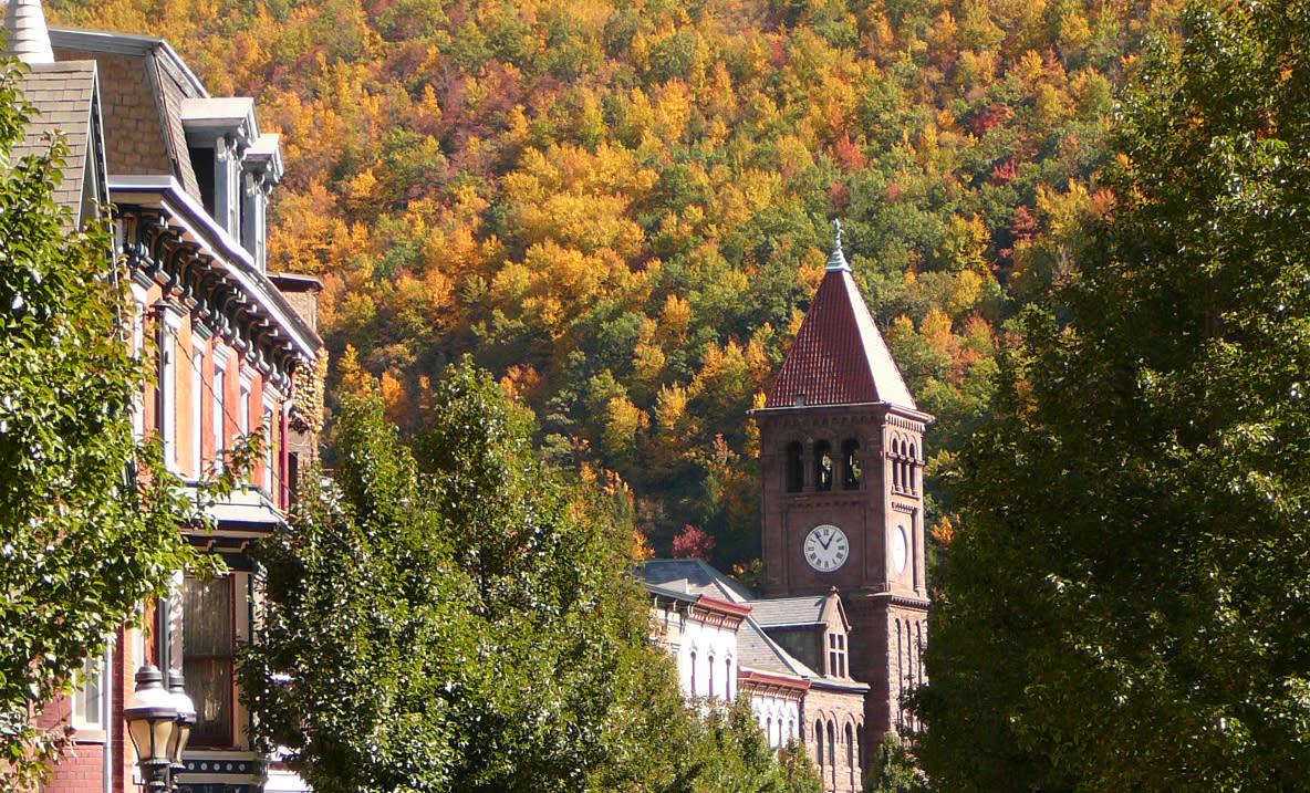Explore Downtown Jim Thorpe this Fall Season