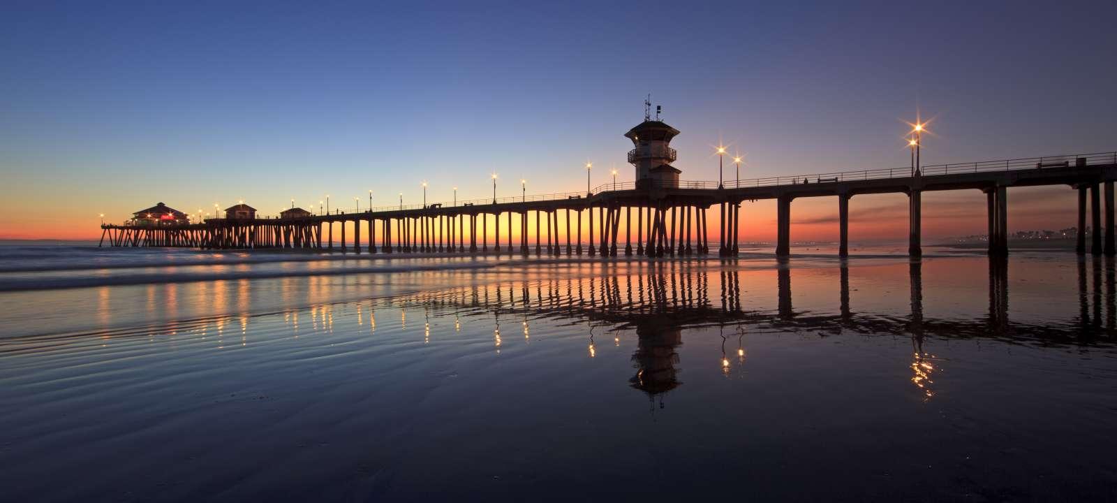 Restaurant In Huntington Beach Pier