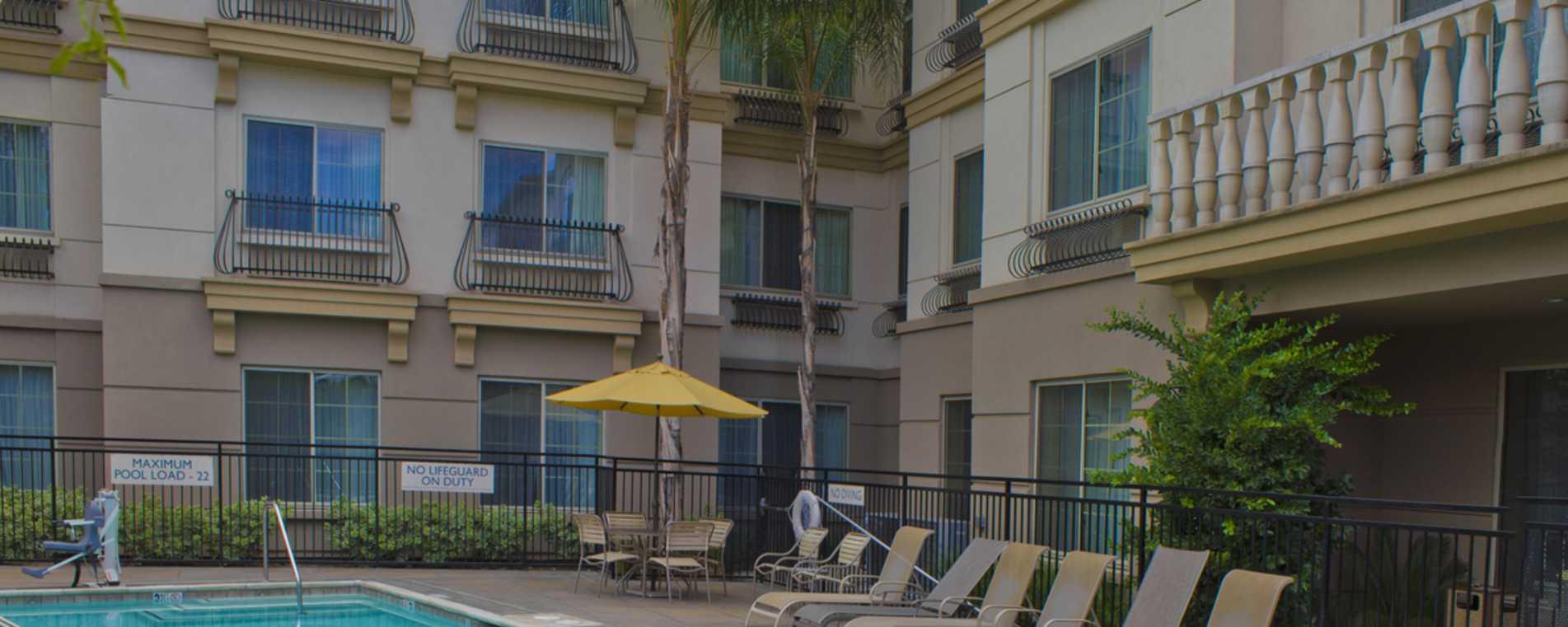 Pool Area - Fairfield Inn & Suites Temecula