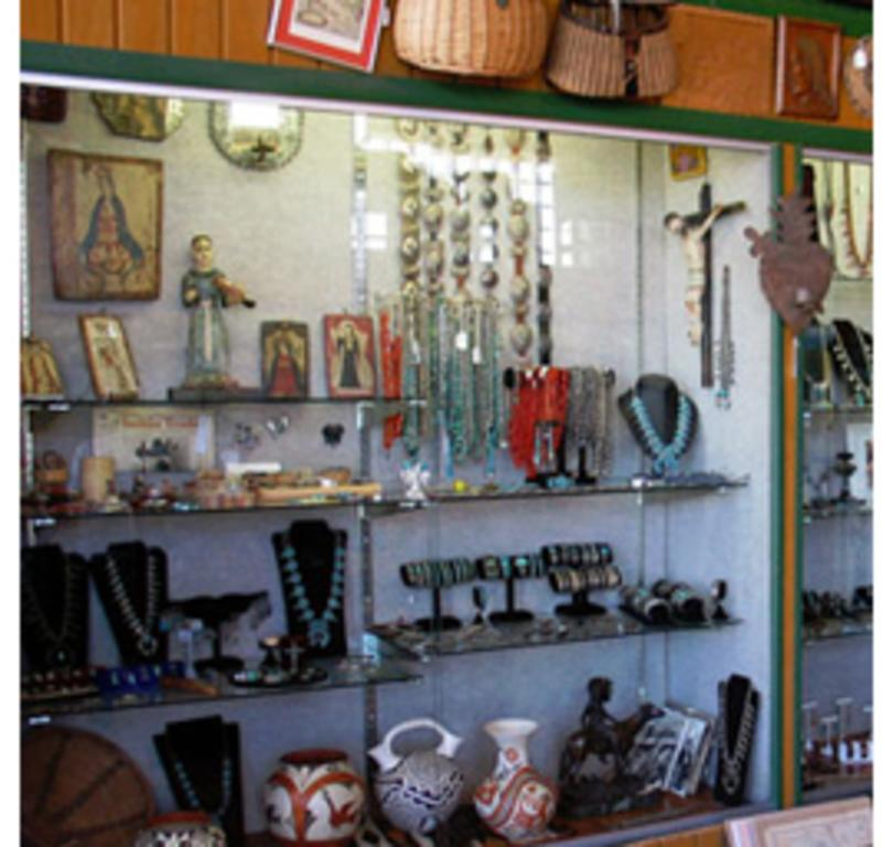 Cowboys & Indians Antiques