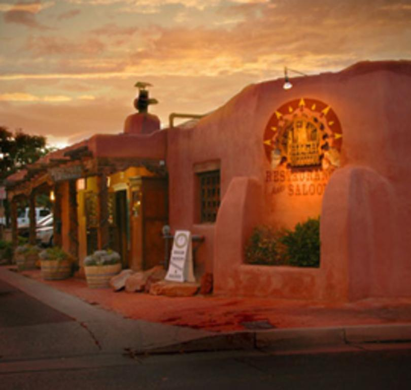 High Noon Restaurant & Saloon