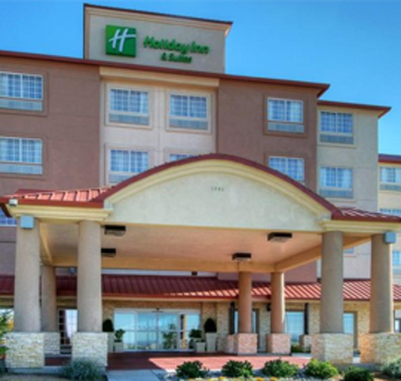 Holiday Inn & Suites Albuquerque Airport