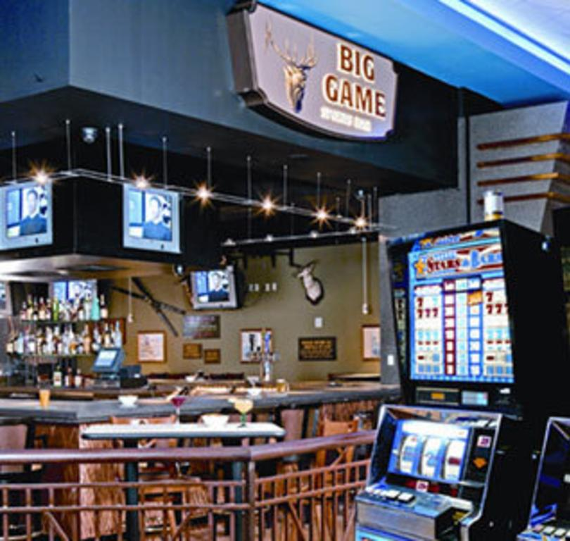 Big Game Sports Bar - Inn of the Mountain Gods Resort & Casino