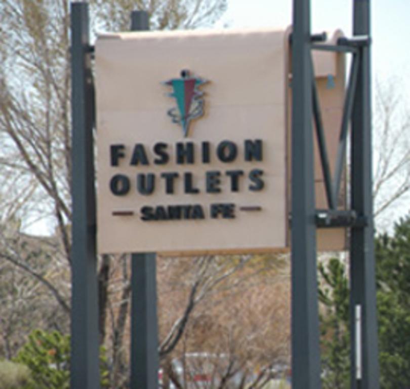Fashion Outlets of Santa Fe