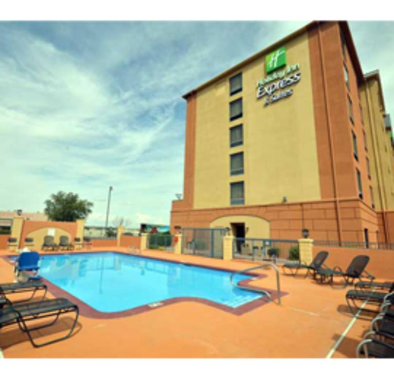 Holiday Inn Express Albuquerque Midtown