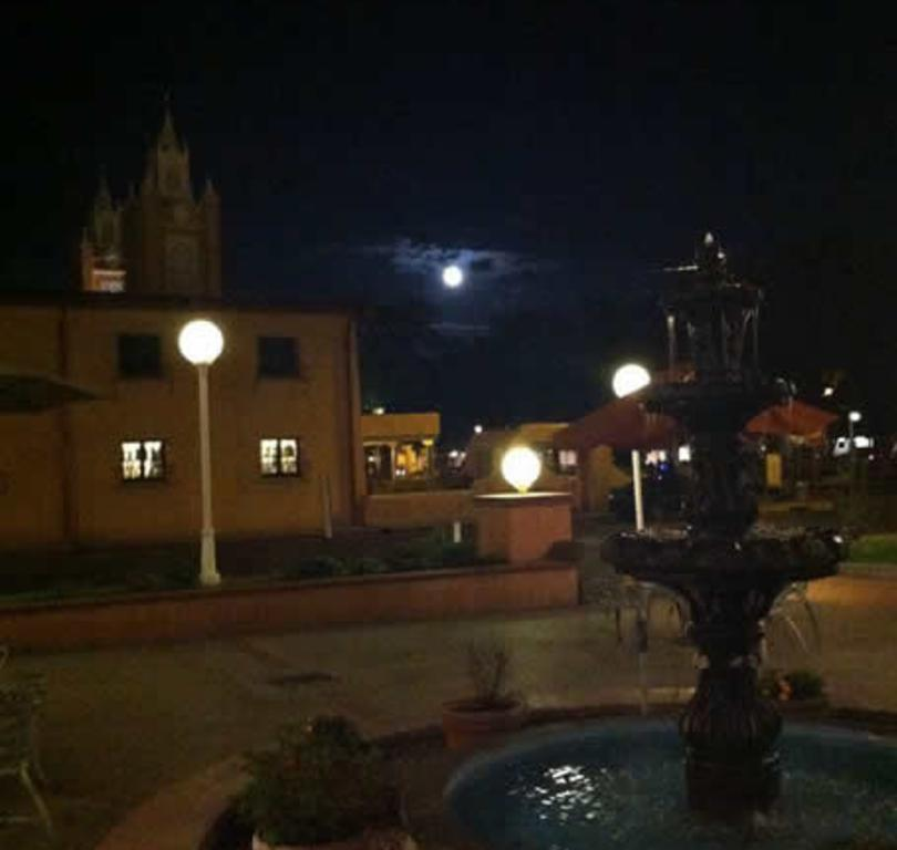 moonlight ghost tour of old town