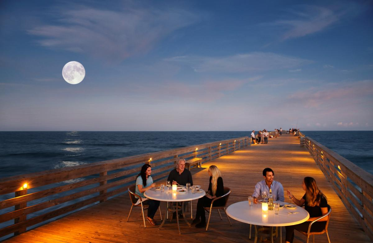 Oceanic Restaurant on Crystal Pier with moon in background