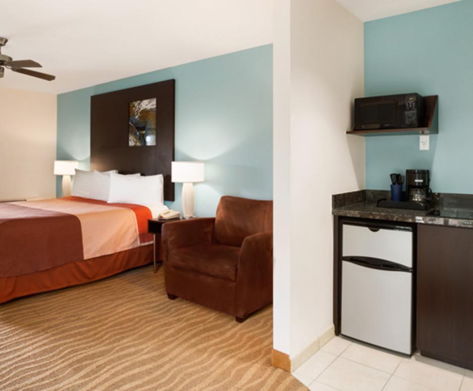Indio Super 8 & Suites
