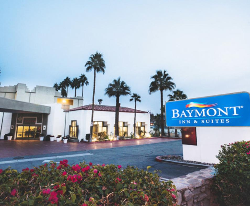 Baymont Inn & Suites Downtown