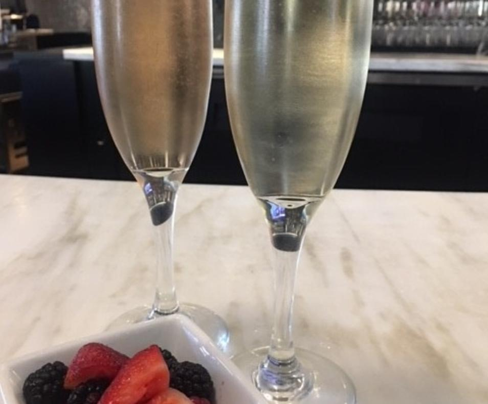 Champagne & Berry Bar