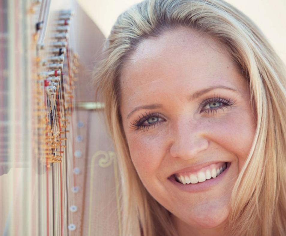 Harpist Erica Powell