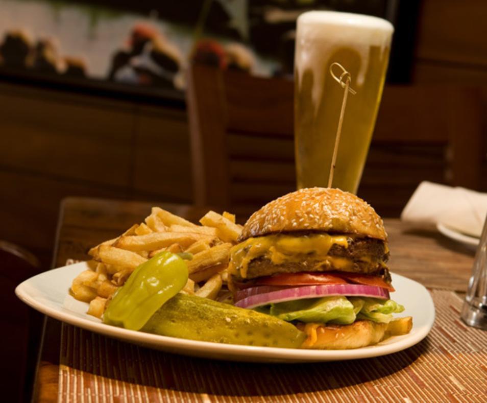 Ernie's Bar & Grill