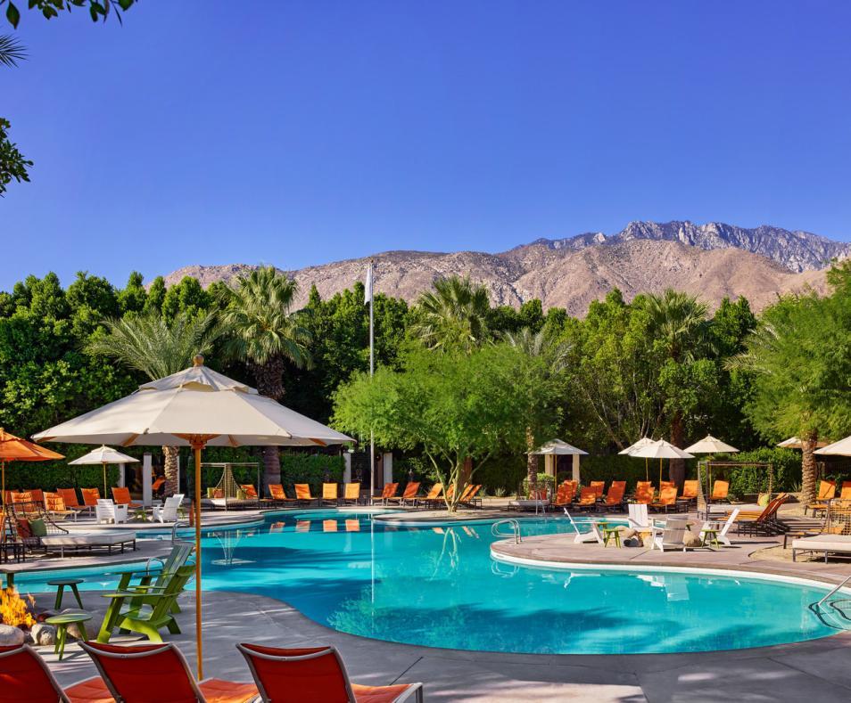 Riviera pool side
