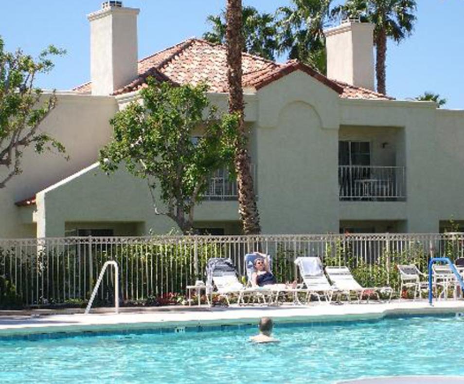 Desert Breezes pool
