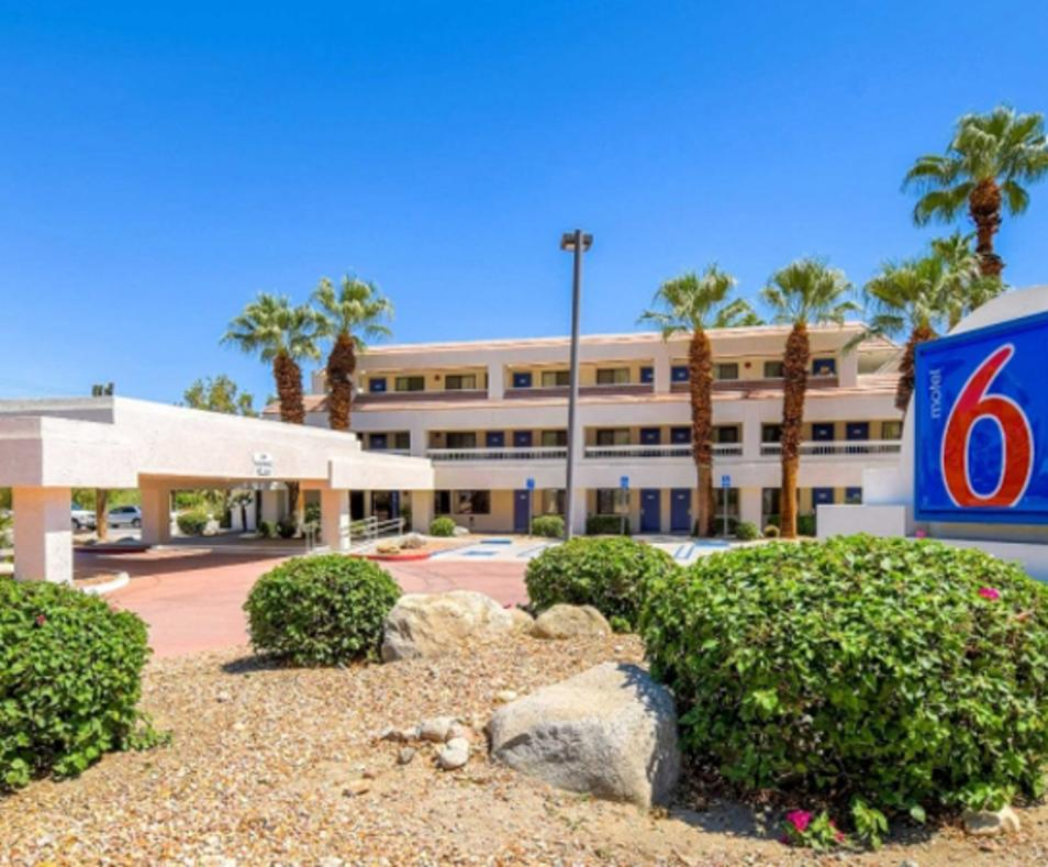 Motel 6 Downtown Palm Springs