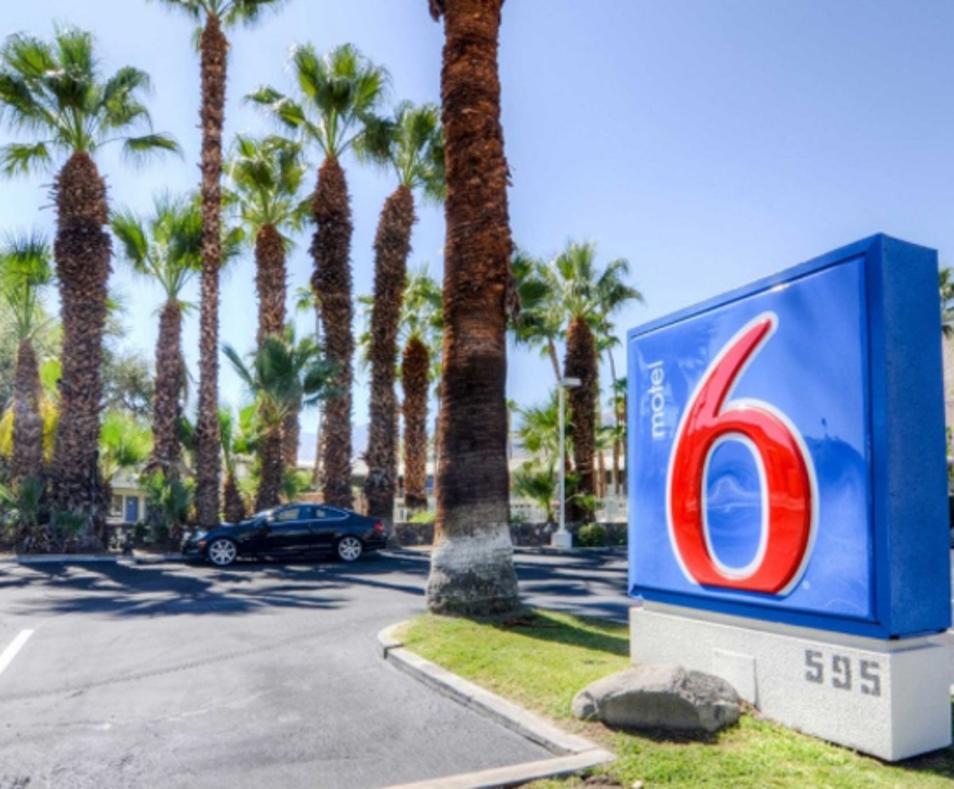 Motel 6 / East Palm Springs