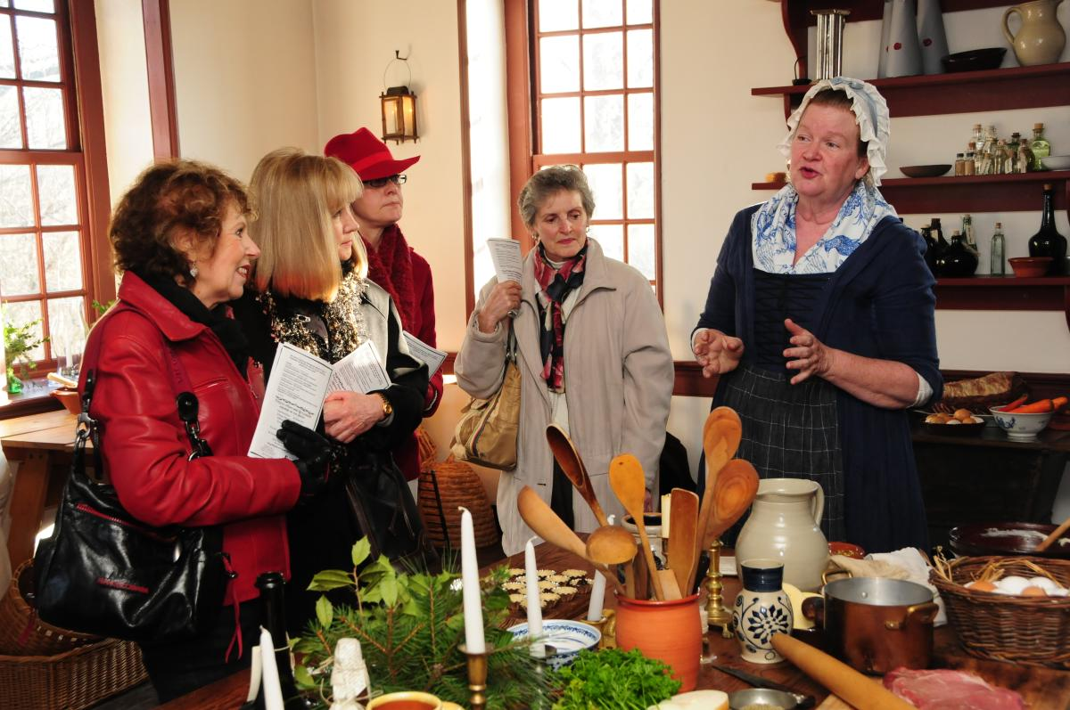 Pottsgrove Manor Twelfth Night Tours