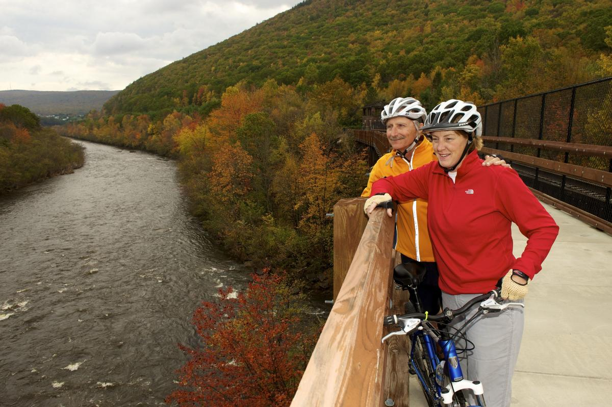 Fall Biking in the Pocono Mountains