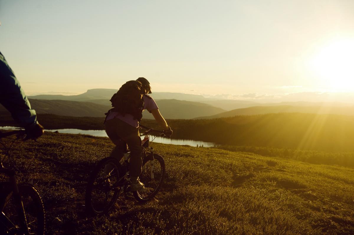 Mountain biking in sunshine, Ål in Hallingdal