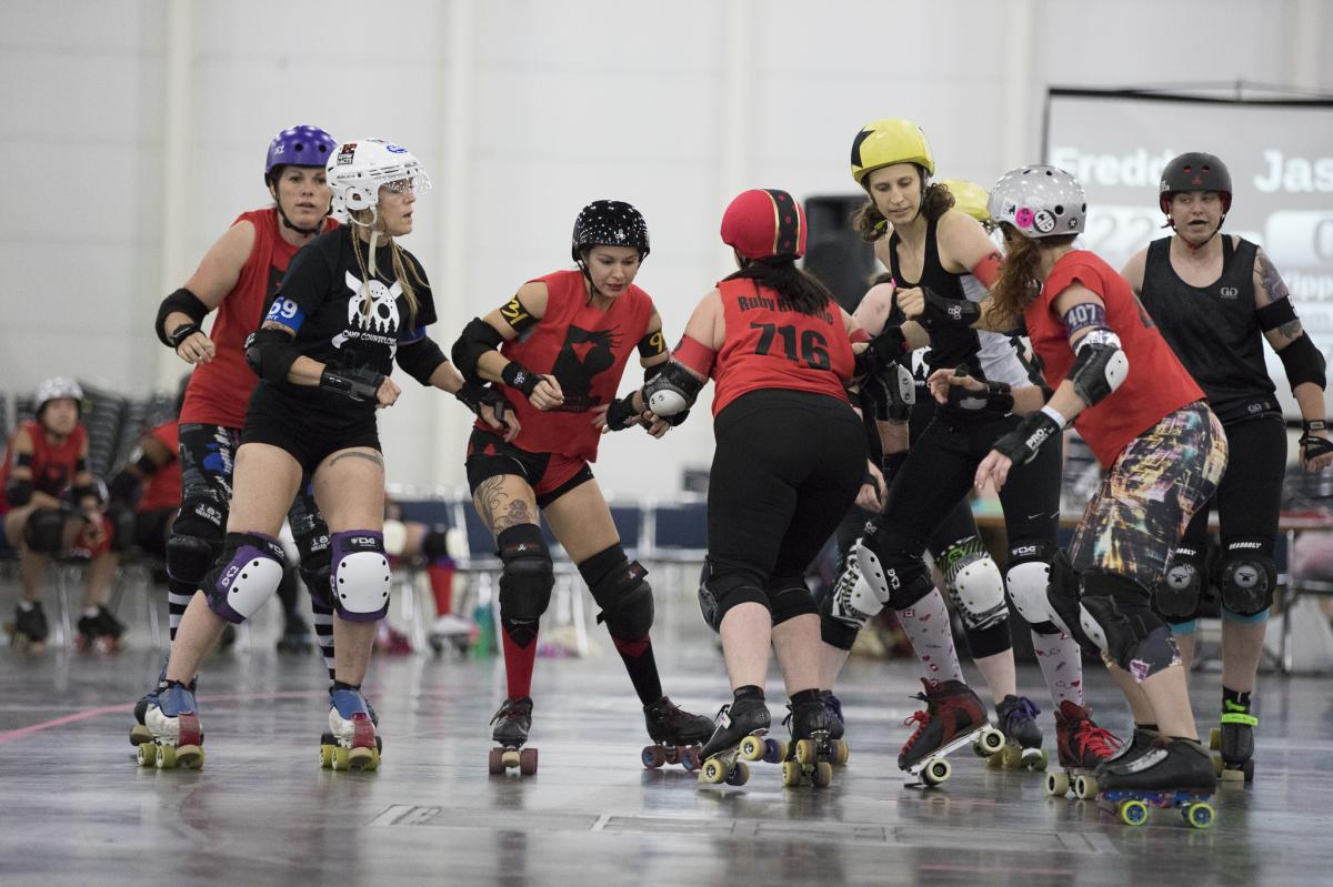 2017 Sports - Roller Derby - Photo by Lee Beckman