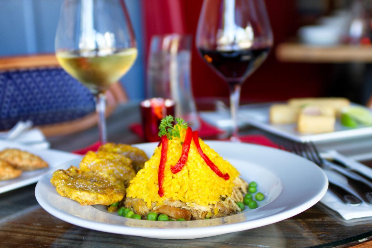 Los Tres Cubanos - Food Image