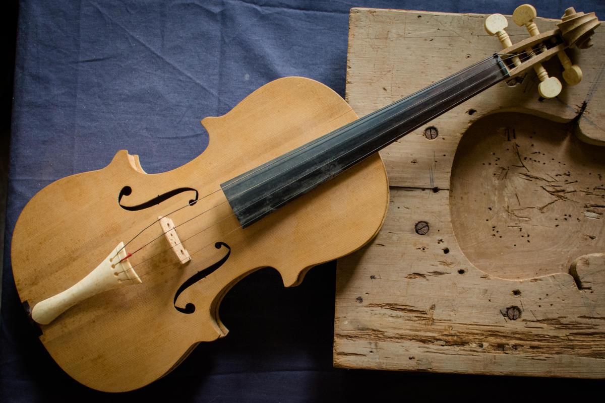 Fiddles Courtesy of Larry LaFleur