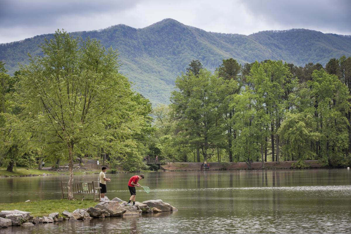 Lake Tomahawk