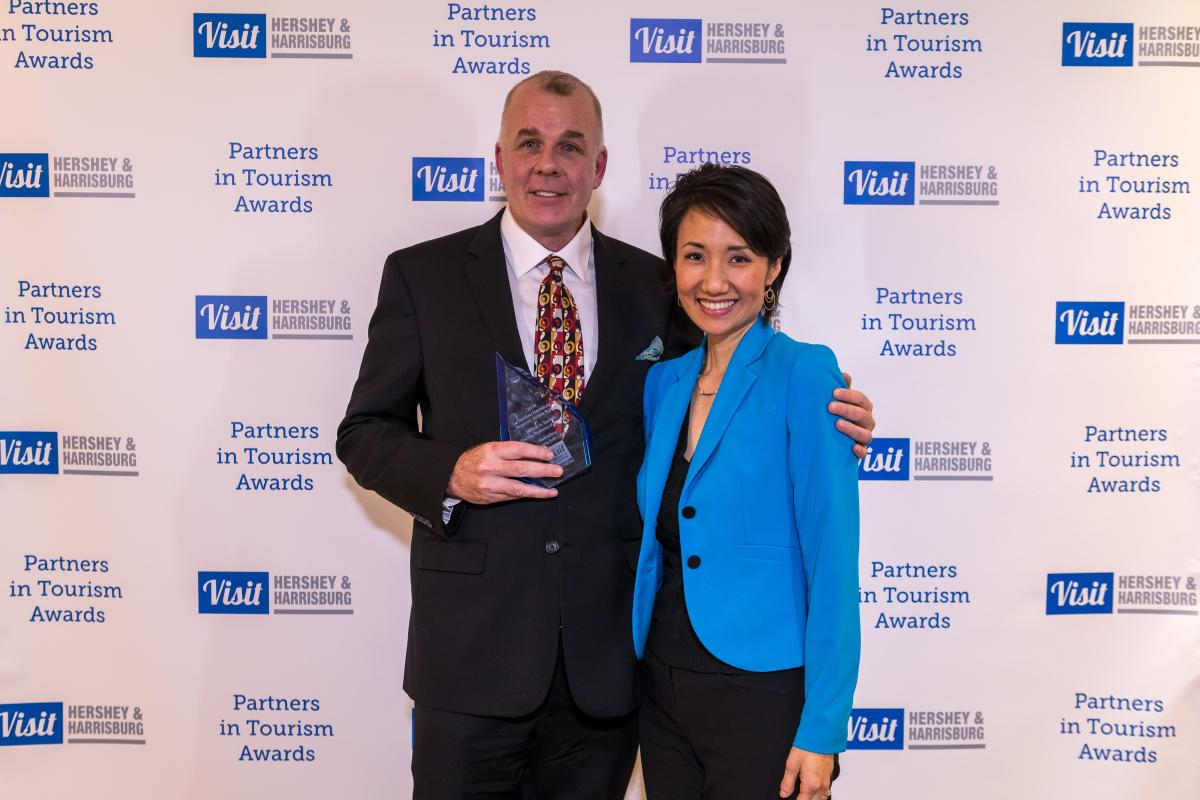Tourism Awards 2016 - Tourism Business of the Year - Harrisburg Midtown Arts Center (H*MAC) - Traynor w Rep Patty Kim