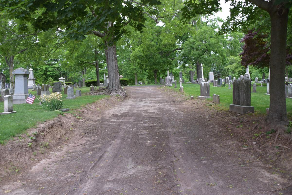 Doylestown Historic Cemetery Pathway