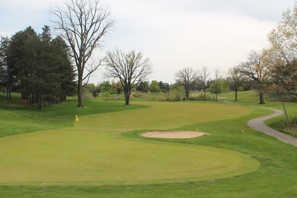 The Emerald Golf Hole Number 11