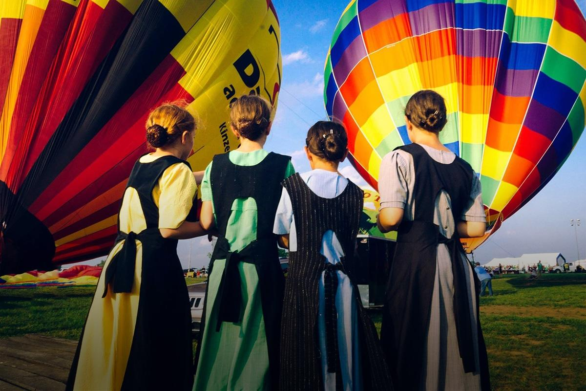 Hot Air Balloon Team - Amish Girls