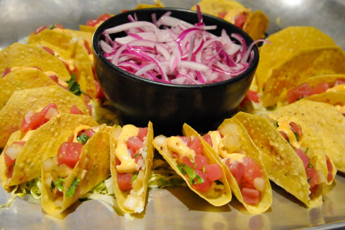 Cantina Laredo Ahi Tacos