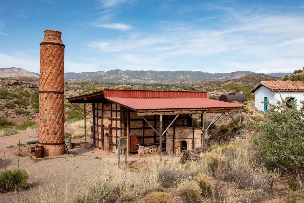 La Luz's tile-clad chimney