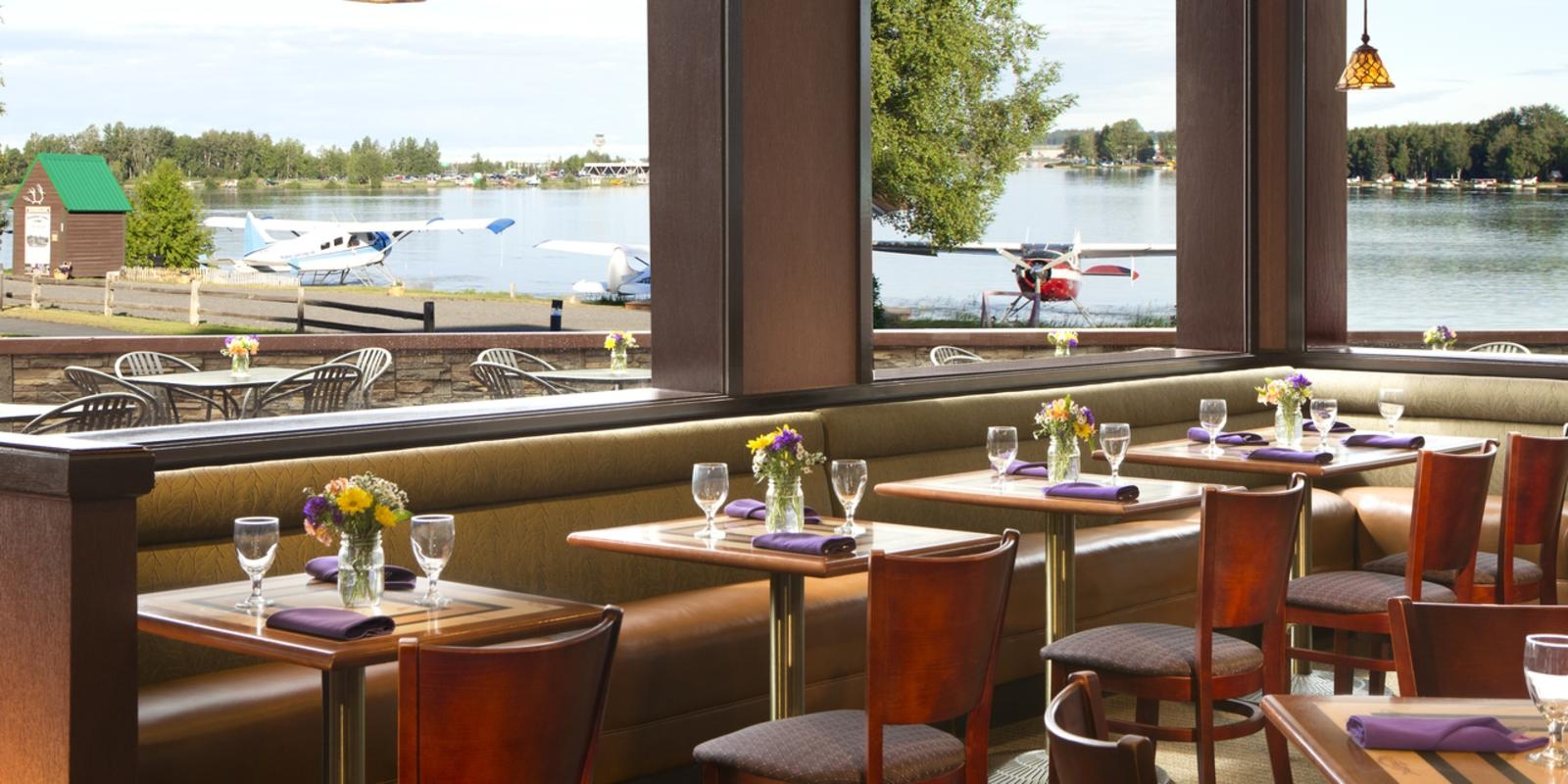 Flying Machine Restaurant - The Lakefront Anchorage
