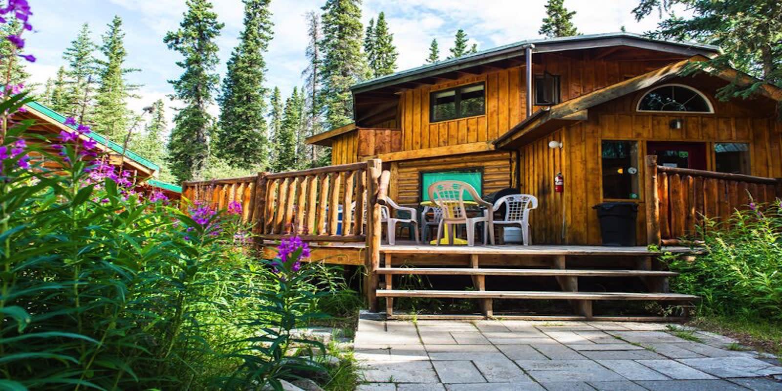 2017 Denali Mountain Morning Hostel  (1)