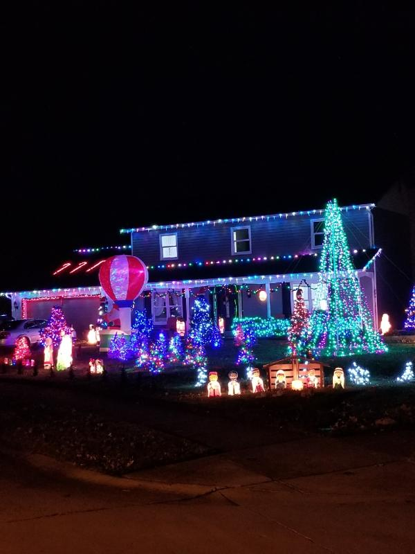 11402 Wayfair Pl - Best Christmas Light Displays - NORTH - Fort Wayne