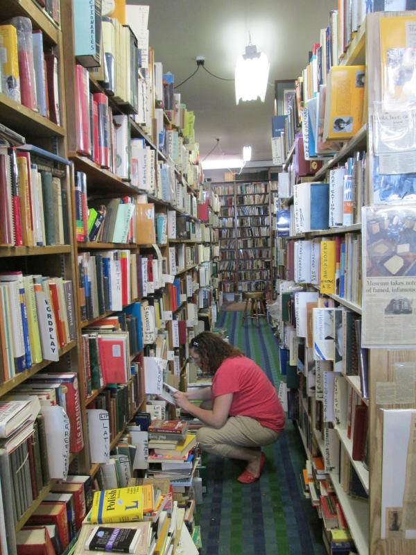 Hyde Brothers Booksellers-Fort Wayne IN