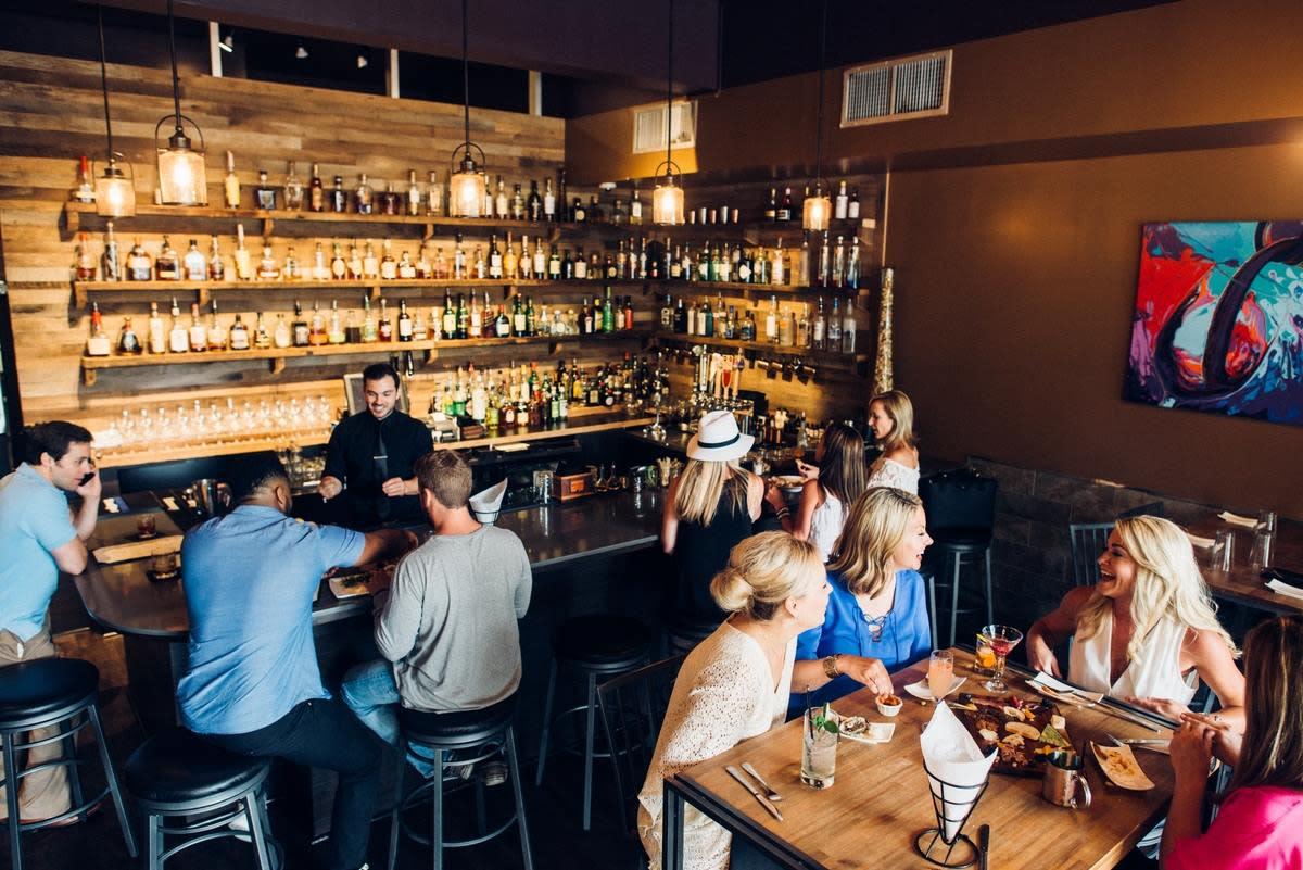 POUR Restaurant & Bar