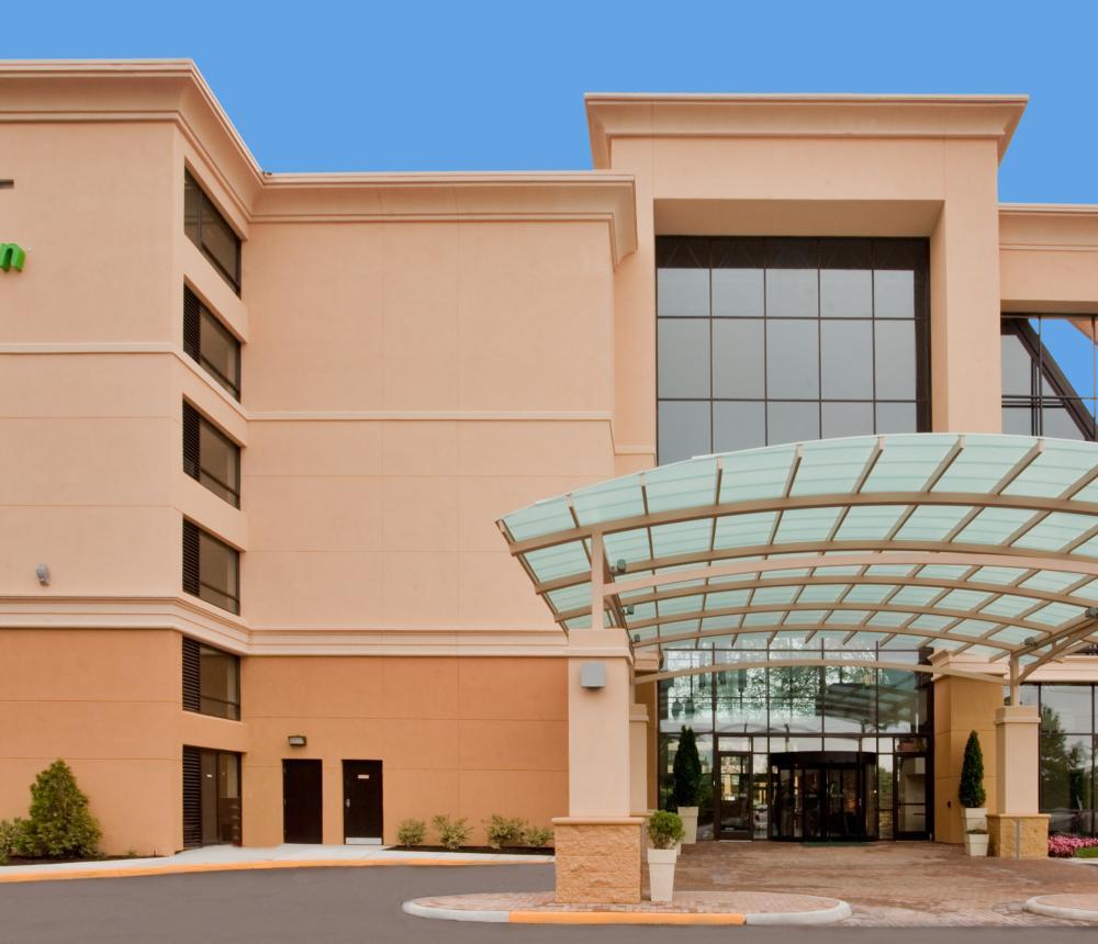 Hotel Daytime Exterior