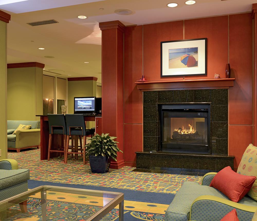 Fireplace -Lobby0.jpg