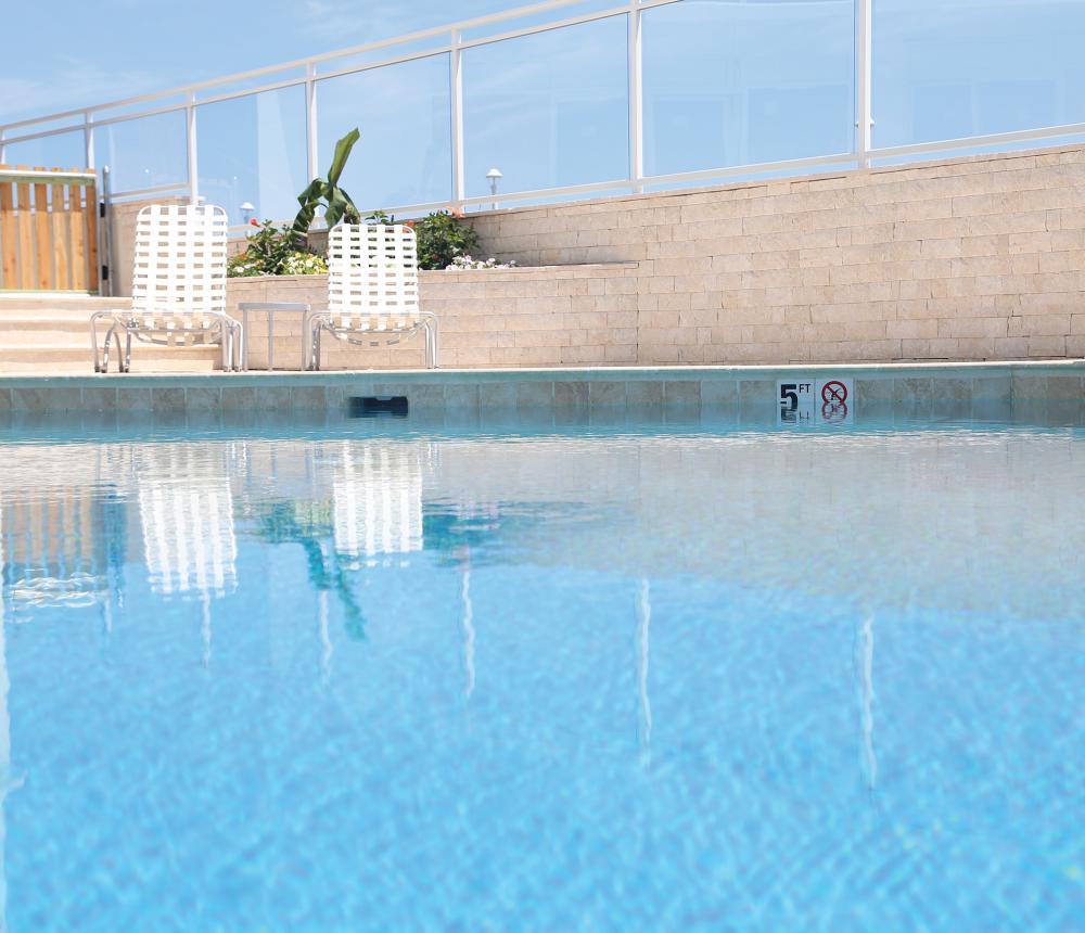 SB-pool2600-2.jpg