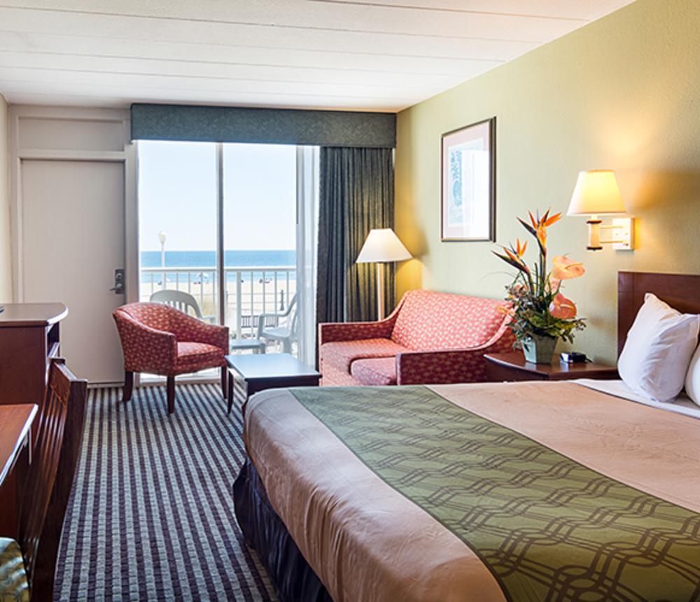 King Bed Oceanfront Room