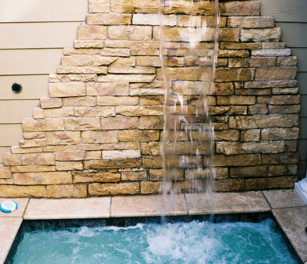 Virginia_Beach_luxury_Bed_and_Breakfast_the_Beach_Spa_Bed_and_Breakfast__Massage_Waterfall012.jpg