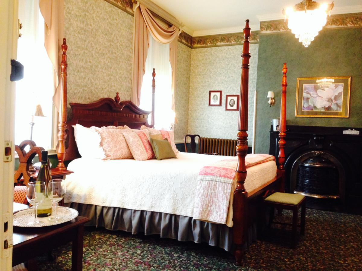 Carlisle House B&B