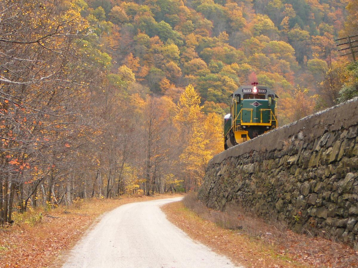 Fall Train Rides in the Pocono Mountains