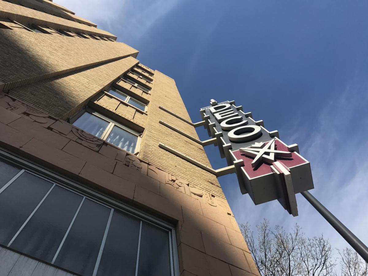 Hotel Deco exterior