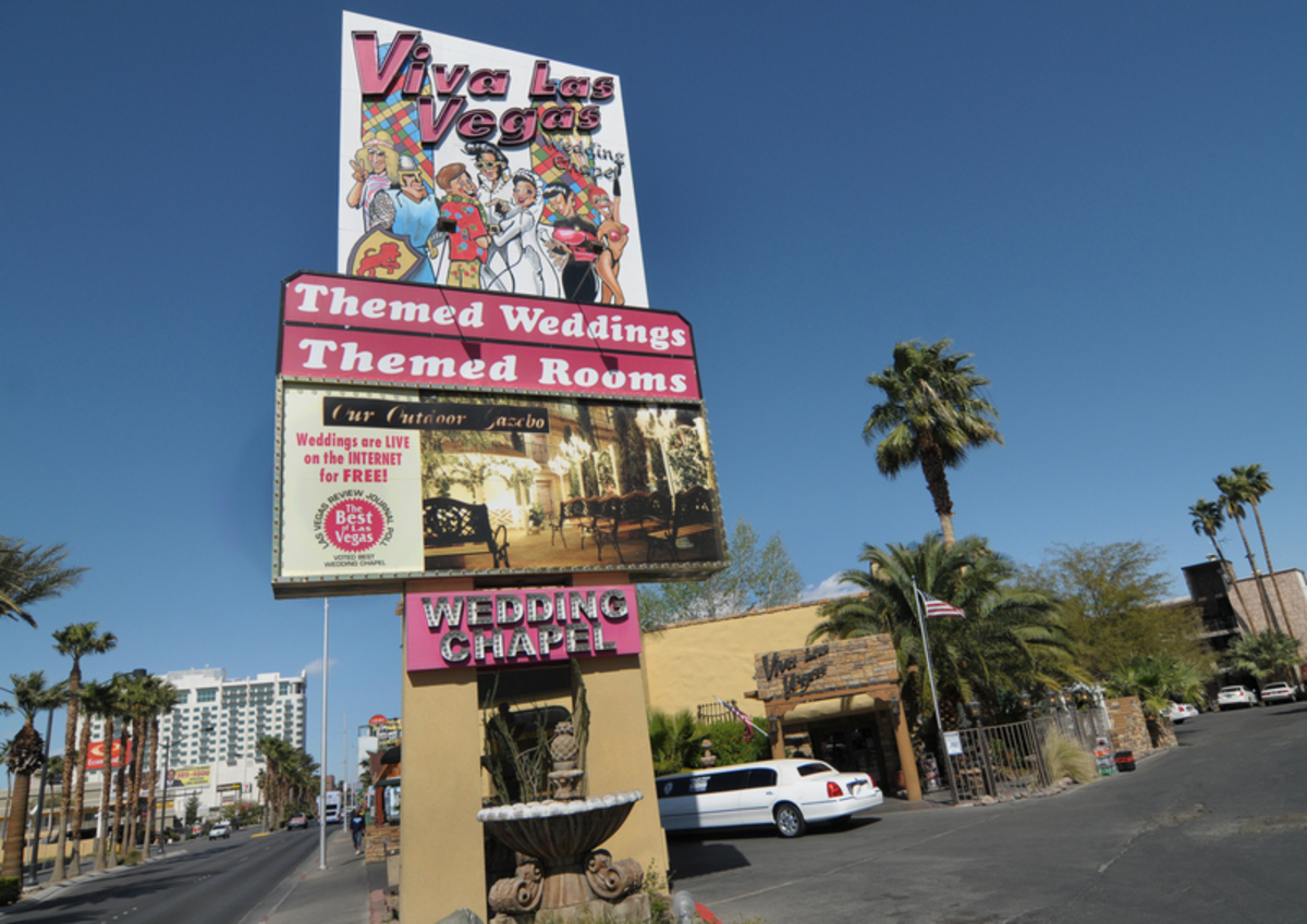 Viva Las Vegas Themed Wedding