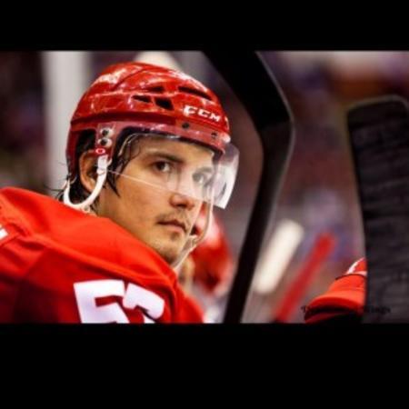Hockey Player Mitch Callahan in Grand Rapids