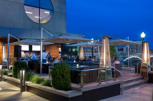 The Kitchen by Wolfgang Puck patio in Grand Rapids