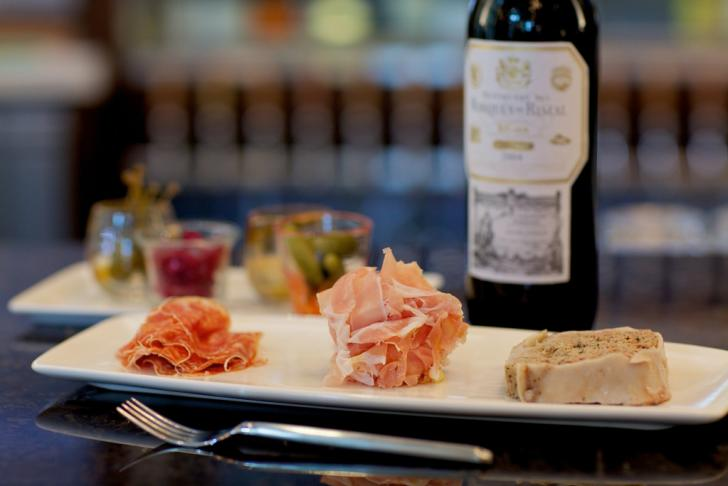 Food and wine at Reserve Wine & Food in Grand Rapids